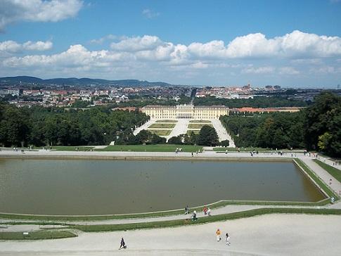 schonbrunn palace garden, picture of vienna-hotels.redflag.info
